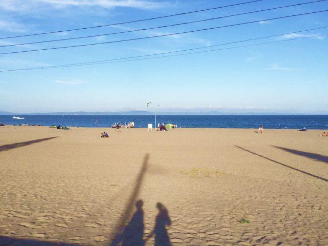 夕方の三浦海岸海水浴場