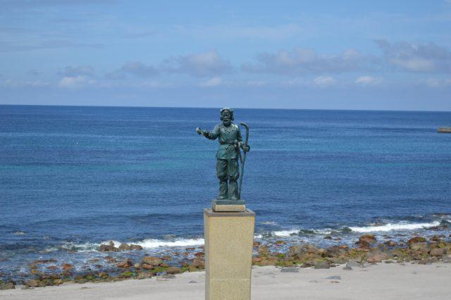 神津島の銅像