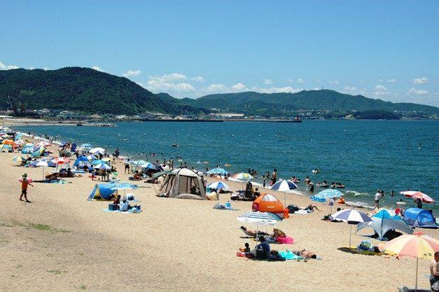 関西の慶野松原海水浴場