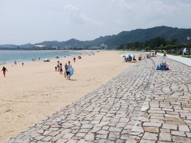 関西の那智海水浴場