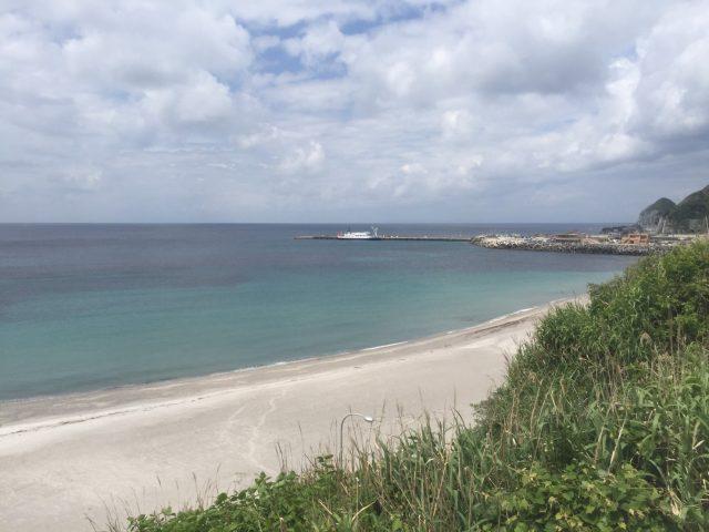 関東の神津島にある前浜海水浴場