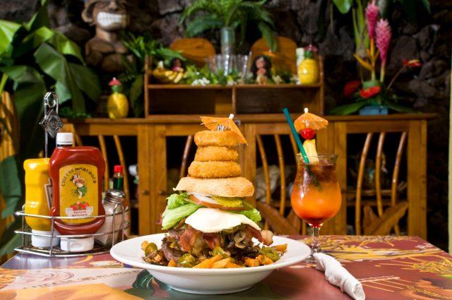 ハワイのチーズバーガー