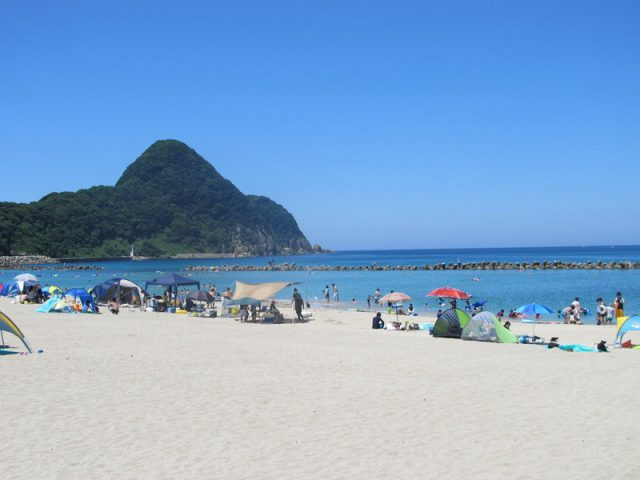 関西の竹野浜海水浴場