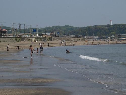 関東の由比ケ浜海水浴場