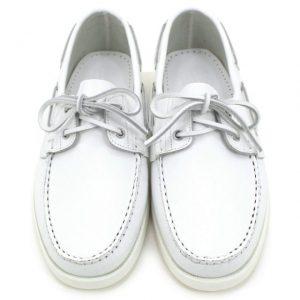グアムでの挙式の服装に必要な靴