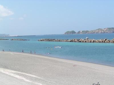 関東にある新島の海水浴場