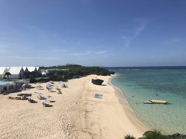 与論島旅行でプリシアリゾートヨロンのビーチに行く