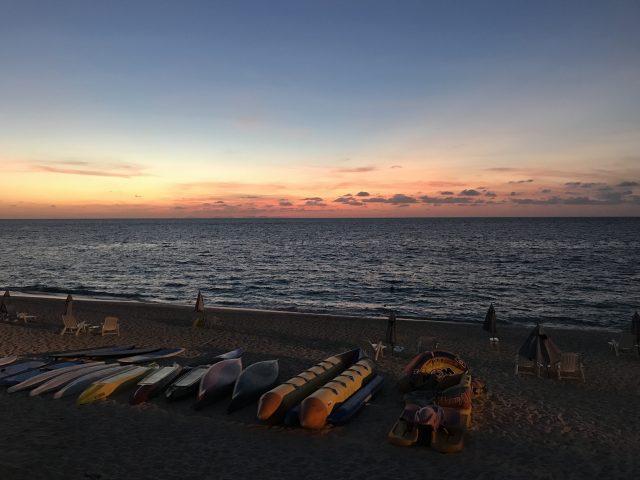 プリシアリゾートヨロンのバーベキューをする時に見える夕日