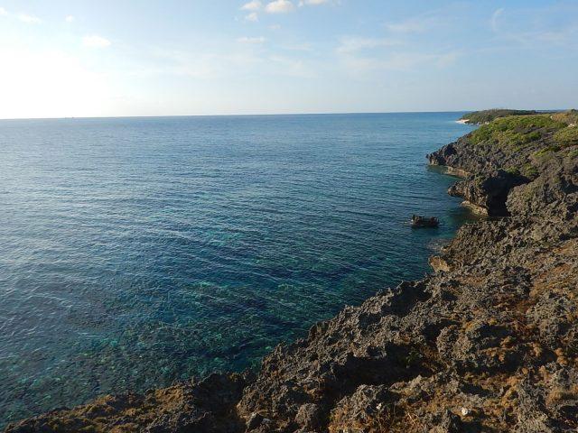 与論島旅行で歩いた遊歩道からの景色
