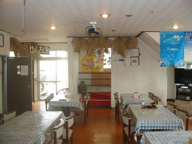 与論島の明星荘というホテル内観