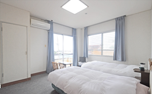 与論島ホテルのめぐみ荘の室内