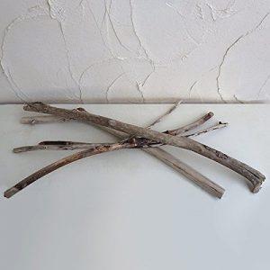 インテリアに使える長い流木