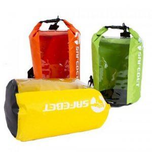 ギアードの防水バッグ