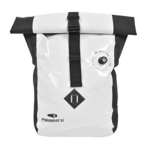 ピラルクの防水バッグ