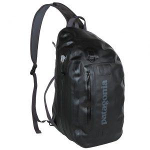 パタゴニアの防水バッグ