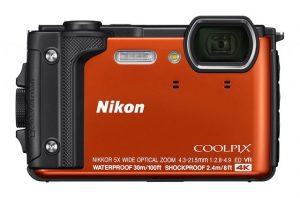 ニコンの上質な防水カメラ
