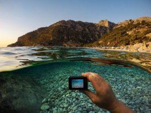 防水カメラを水中で撮る