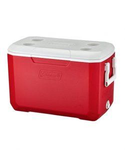 コールマンの赤いクーラーボックス