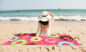 ドーナツの可愛いビーチタオル