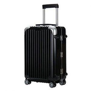 リモワの黒のおしゃれスーツケース