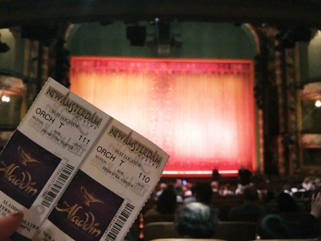 ニューヨークの観光すべき場所であるブロードウェイミュージカル