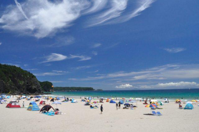下田の南国気分を味わえる入田浜海水浴場
