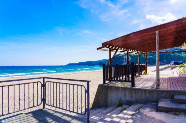 下田のくつろげる多々戸浜海水浴場