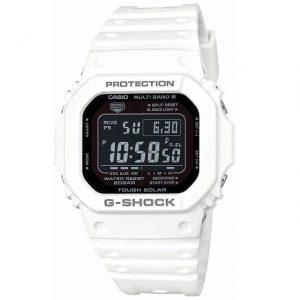人気な白いGショックの時計