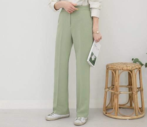 韓国のトレンドファッション通販サイトのシークレットレーベル