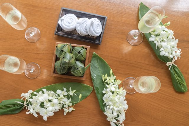 サロジンのウェルカムドリンクとお花